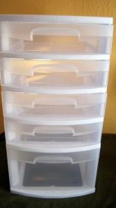 5-drawer plastic container